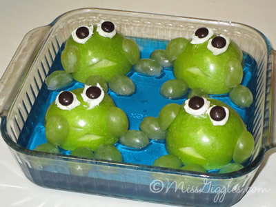 MissGiggles.com | Leap Day was Hoppin' - Apple frogs in a Jell-O pond