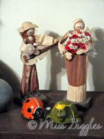 November 4, 2007 – corn couple & toys